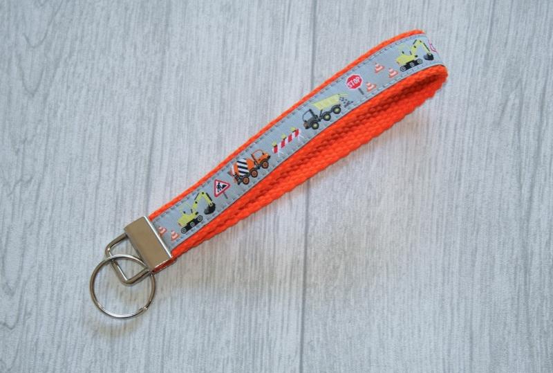 - Schlüsselanhänger, Schlüsselband Baustelle mit Gurtband aus Baumwolle in Orange, Länge 15 cm - Schlüsselanhänger, Schlüsselband Baustelle mit Gurtband aus Baumwolle in Orange, Länge 15 cm