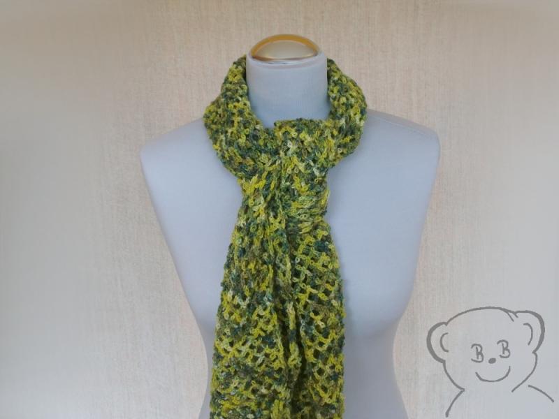 Kleinesbild - Schal Netzoptik gehäkelt [Farbe GRÜN-GELB] grün-gelb-natur, hoher Wollanteil