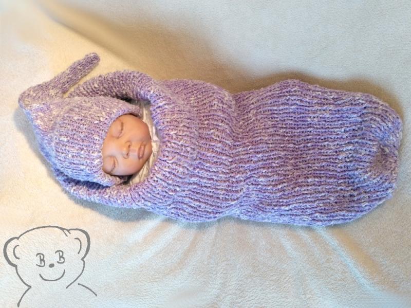 Kleinesbild - Baby Kuschelsack und Mütze [Farbe FLIEDER-WOLLWEISS] Handarbeit gestrickt