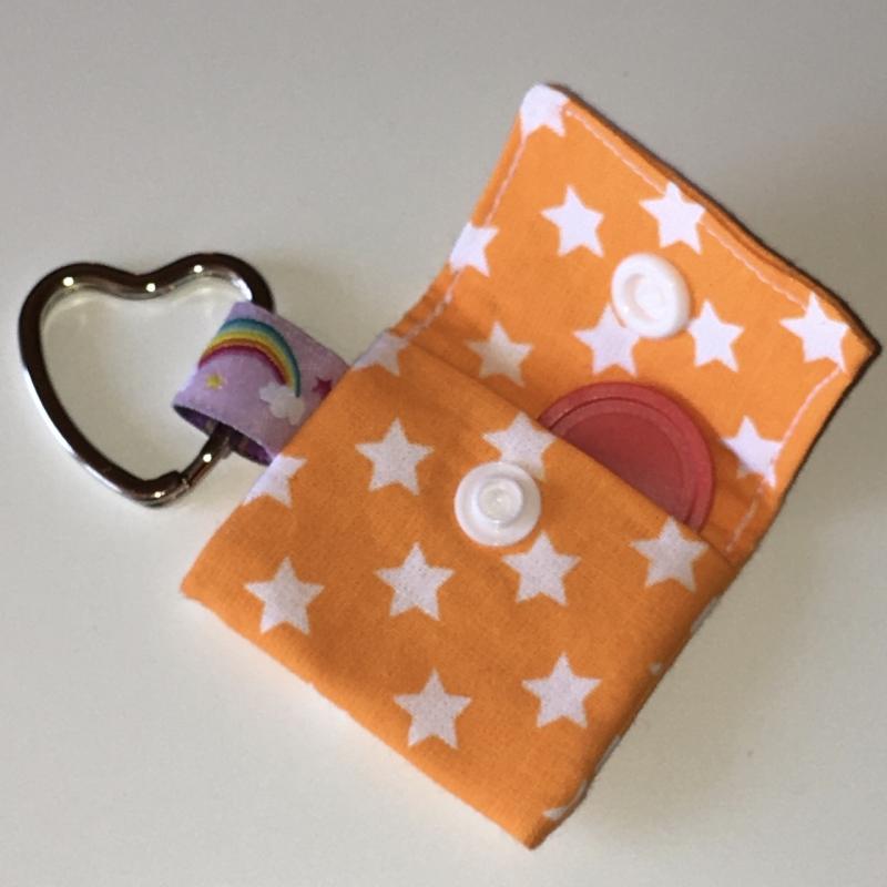 Kleinesbild - Chiptasche, Chiptäschchen, Tasche für Einkaufswagenchip, Baumwolle Sterne orange/weiß, incl. Federring und Einkaufschip