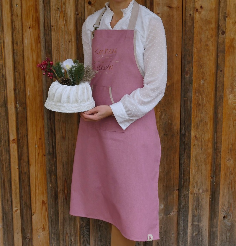 Kleinesbild - Schürze Backschürze, Aufschrift: Kochen ist wie zaubern können, altrosa/natur, Küchenschürze Latzschürze Baumwolle, handgefertigt