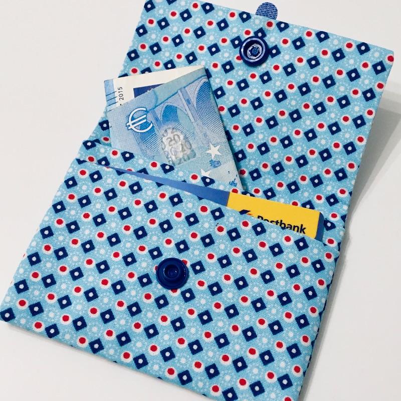 Kleinesbild - Geldbeutel Geldbörse Münztasche Kartenetui Minigeldbeutel , handgefertigt, Kleine Rauten blau/rot/weiß