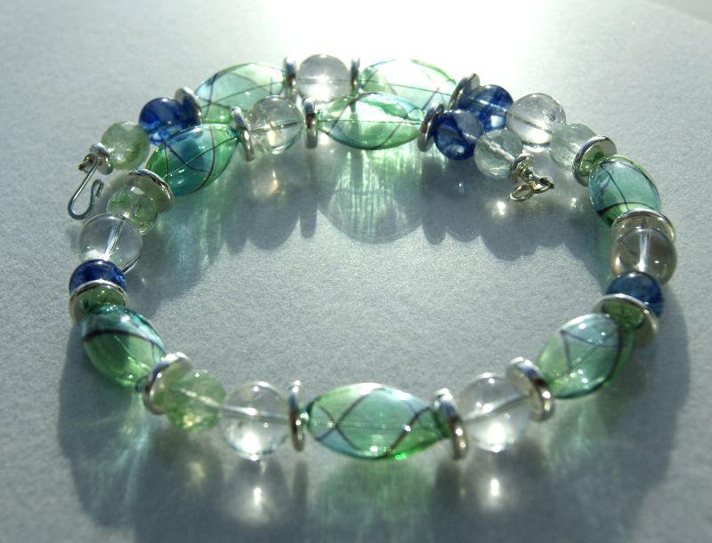 Kleinesbild - Traumcollier mundgeblasenes Glas, Quarz, Bergkristall Halskette