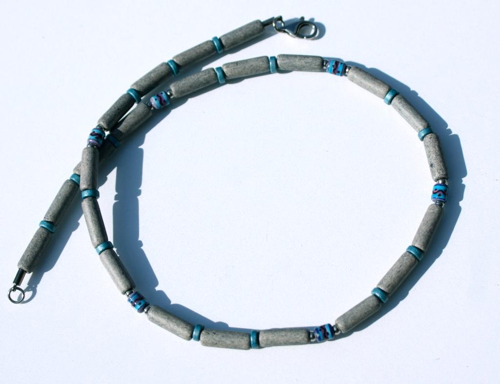 Kleinesbild - Halskette für Männer GRAU schmal Keramik Leder ethno Peru Edelstahl