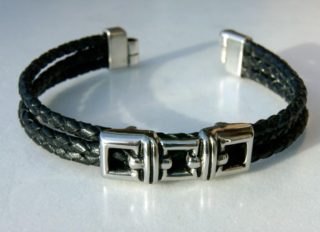 schmuck armband f r m nner 3fach schwarz leder edelstahl. Black Bedroom Furniture Sets. Home Design Ideas