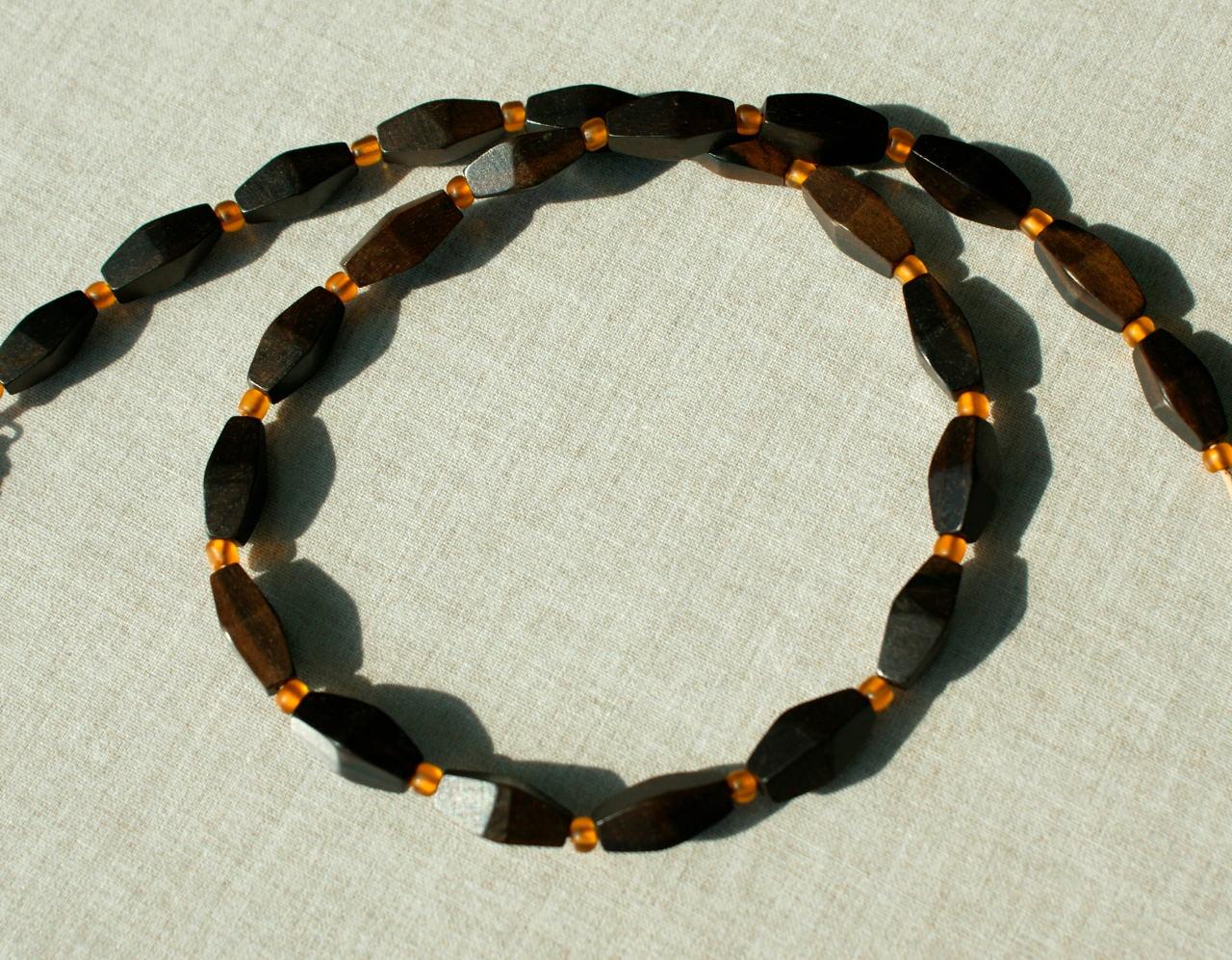 Kleinesbild -  Kette für Männer schwarzes EBENHOLZ, Handelsperlen Lederband Edelstahl orange gelb schlicht elegant edel unisex leicht