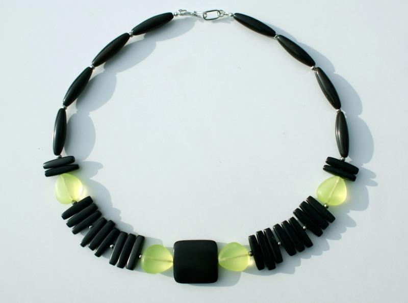 Kleinesbild - extravagantes Collier schwarzes HORN gelb afrikanische Handelsperlen Glas 925er Silber