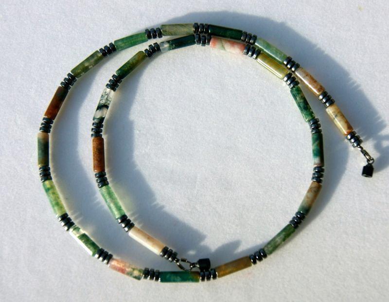 Kleinesbild - schmale Halskette Achat und Hämatit