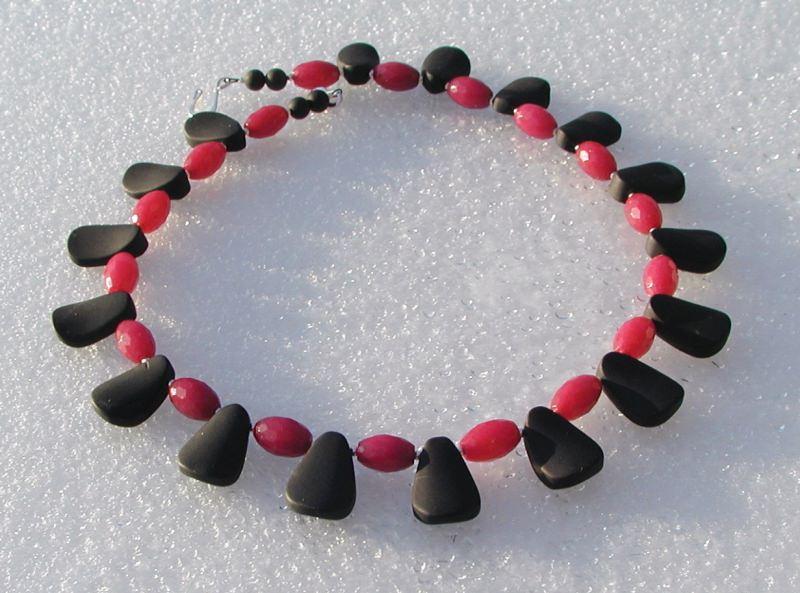 Kleinesbild -  Collier - schwarzer Onyx und rubinrote Jade
