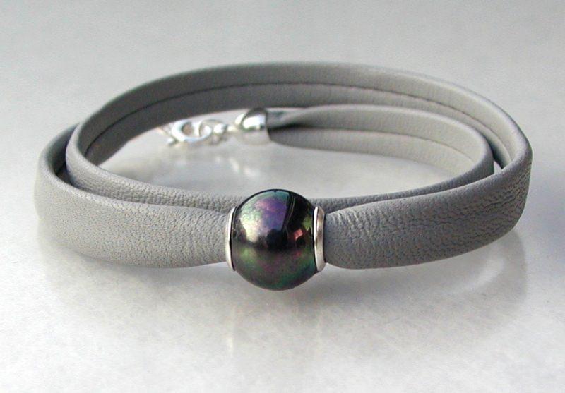 - elegantes Wickelarmband Nappa-Leder, Silber - elegantes Wickelarmband Nappa-Leder, Silber