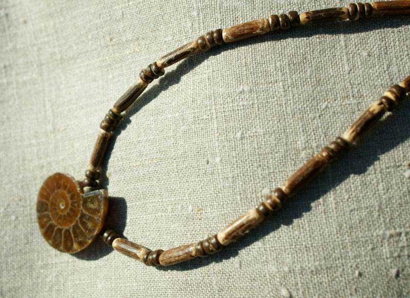 Kleinesbild - Kette AMMONIT Holz Kokos fossil Anhänger Unikat Partnerlook