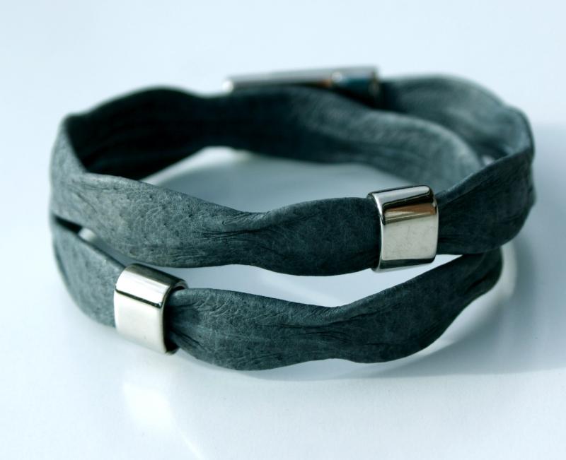 - Wickelarmband für Männer WELLEN grau Nappaleder Edelstahl leger  - Wickelarmband für Männer WELLEN grau Nappaleder Edelstahl leger