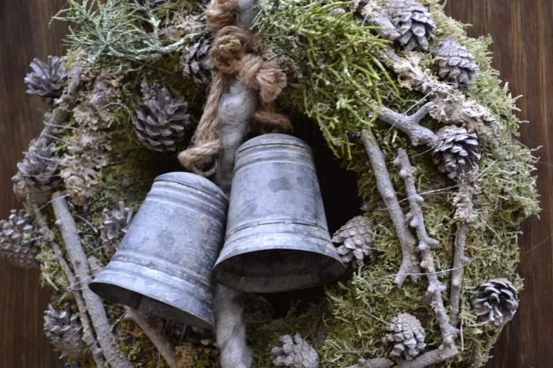 Kleinesbild - Moneria-Türkranz-Glocken läuten das Fest ein