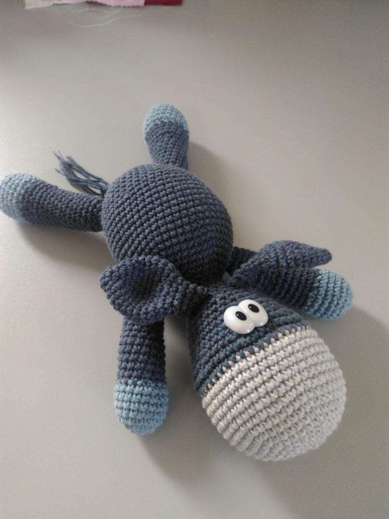 Kleinesbild - Süßer Esel gehäkelt - zum schmuseln, knuddeln und lieb haben - aus Baumwolle - ca. 22 - 25 cm lang