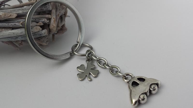 Kleinesbild - Wunderschöner einzigartiger kleiner Glücksbringer für eine GUTE FAHRT AUTO  Schlüsselanhänger
