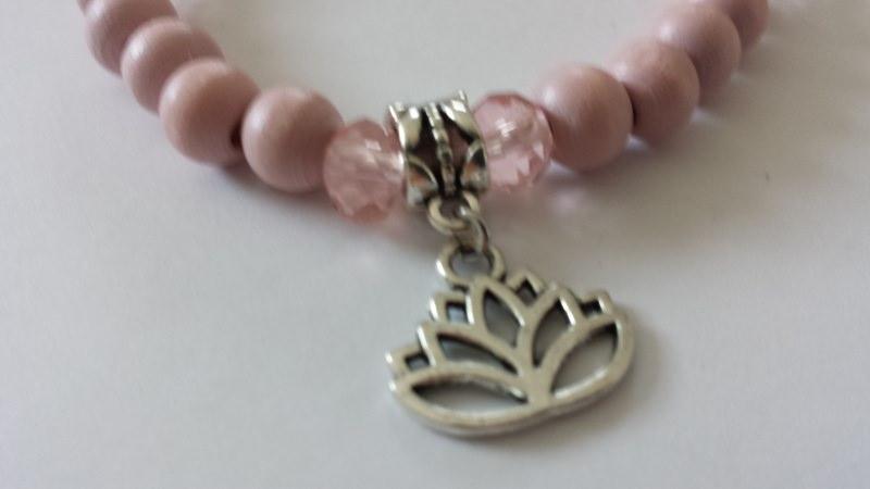 Kleinesbild - Mama Tochter Armband 2er-Set handgefertigt mit Lotusbumen Anhänger Geschenk Frauen Mädchen
