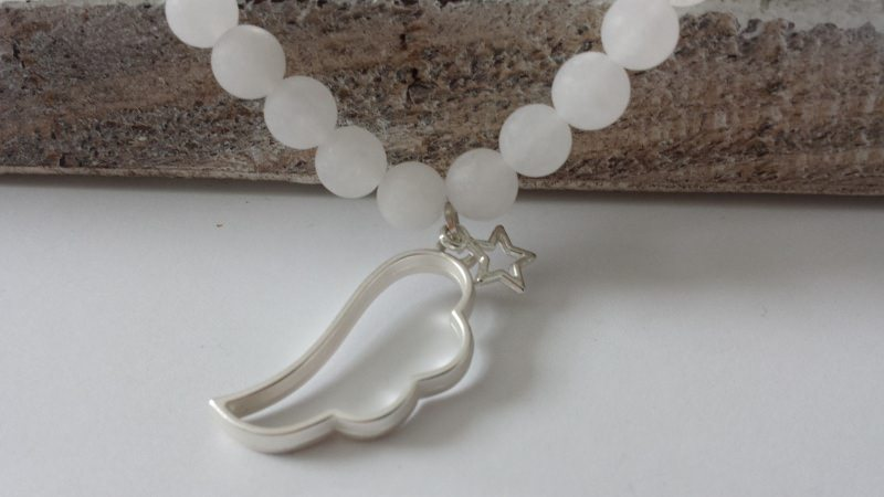 Kleinesbild - Wunderschönes Flügel Stern Armband handgefertigt matte Jadeperlen Geschenk Frauen Erinnerung Trostspender