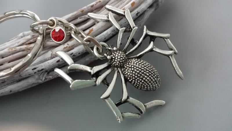- Spinne Schlüsselanhänger mit Strass Geschenk Frauen Freundin Gothic Halloween - Spinne Schlüsselanhänger mit Strass Geschenk Frauen Freundin Gothic Halloween