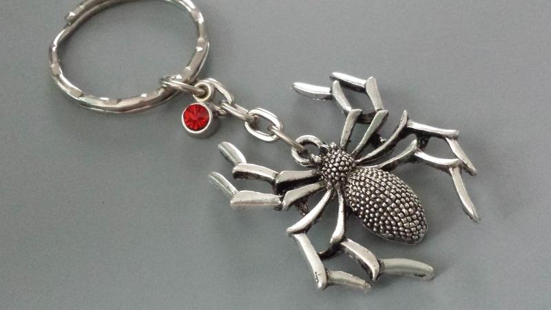 Kleinesbild - Spinne Schlüsselanhänger mit Strass Geschenk Frauen Freundin Gothic Halloween