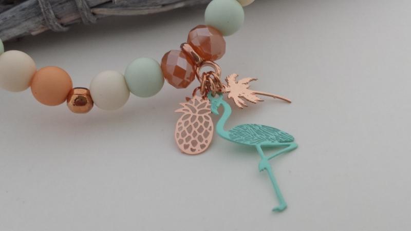 - Flamingo Palme Ananas Armband pastellfarben handgefertigt mit Metallanhängern Geschenk Strandschmuck Frauen - Flamingo Palme Ananas Armband pastellfarben handgefertigt mit Metallanhängern Geschenk Strandschmuck Frauen
