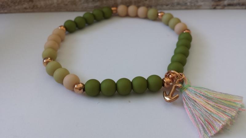 Kleinesbild - Anker Armband grün rosègoldfarben mit Quaste handgefertigt Geschenk Frauen Freundin Urlaub mit Schmuckkarte