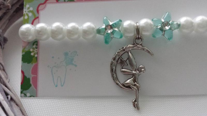 Kleinesbild - Zahnfee Kinderarmband handgefertigt mit Feen Anhänger Geschenk von der Zahnfee für Mädchen Geschenkset