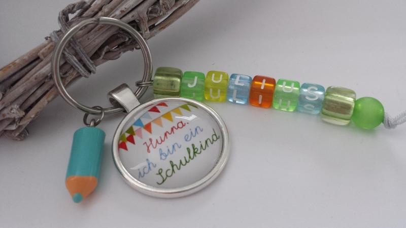 Kleinesbild - Personalisierbares Einschulungsgeschenk für Jungen Schlüsselanhänger Buchstabenperlen Glücksbringer zum 1.Schultag Geschenk Schulanfang