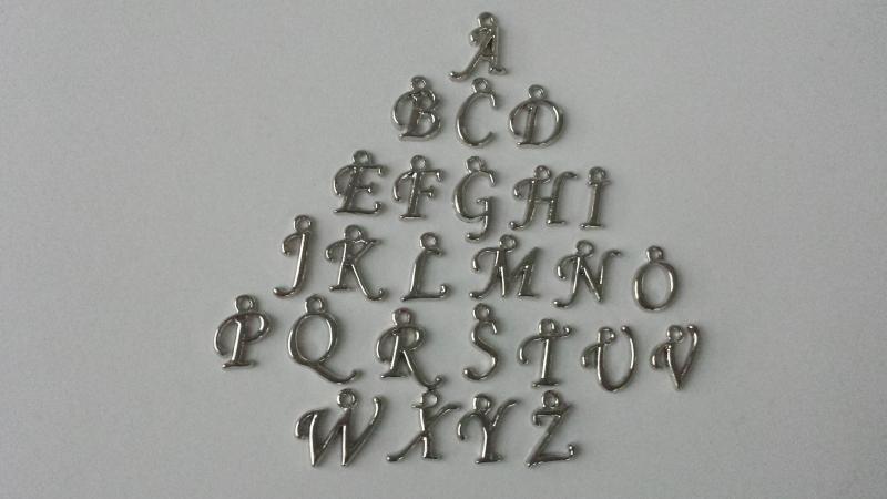 Kleinesbild - Hufeisen Glücksbringer Schlüsselanhänger personalisierbar mit Buchstaben Charms Geschenk Frauen Männer Kinder Reitsport Prüfung mit Kärtchen