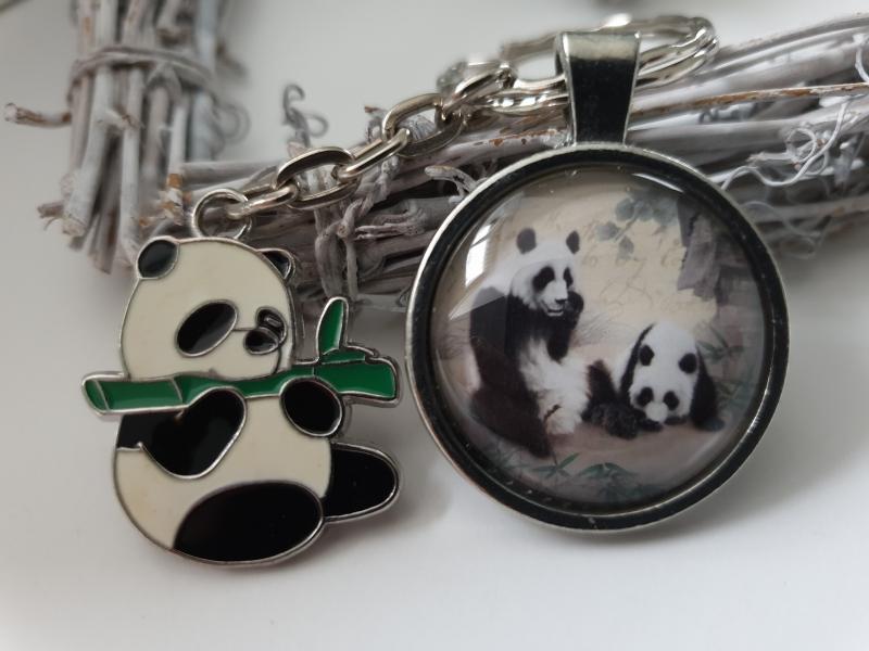 - Pandabär Schlüsselanhänger Glascabochon handgefertigt Panda Anhänger Geschenk Frauen Mädchen Zoo Besuch  - Pandabär Schlüsselanhänger Glascabochon handgefertigt Panda Anhänger Geschenk Frauen Mädchen Zoo Besuch