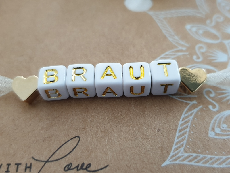 Kleinesbild - Braut Armband mit Buchstaben Perlen zum Binden handgefertigt Herzen JGA Hochzeit Bride to be Geschenk Frauen Heiraten