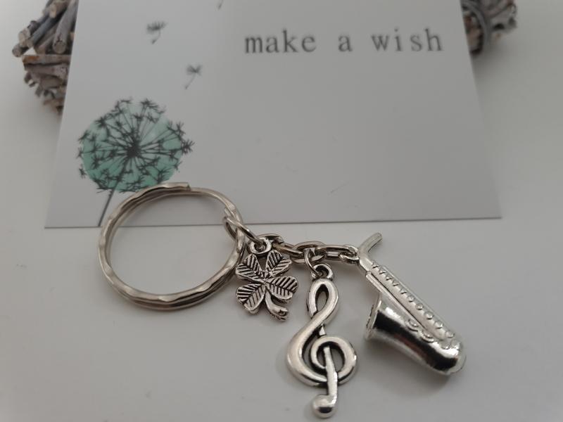 Kleinesbild - Glücksbringer Musik Saxophon Schlüsselanhänger handgefertigt Violinenschlüssel Notenschlüssel Geschenk Frauen Männer Musiker Konzert