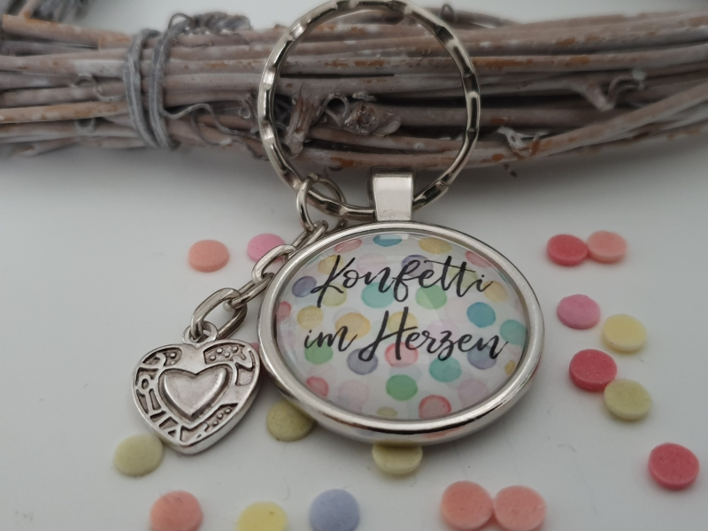 Kleinesbild - Spruch Konfetti im Herzen Schlüsselanhänger Glascabochon handgefertigt mit Herz Anhänger Geschenk Frauen Freundin Kollegin