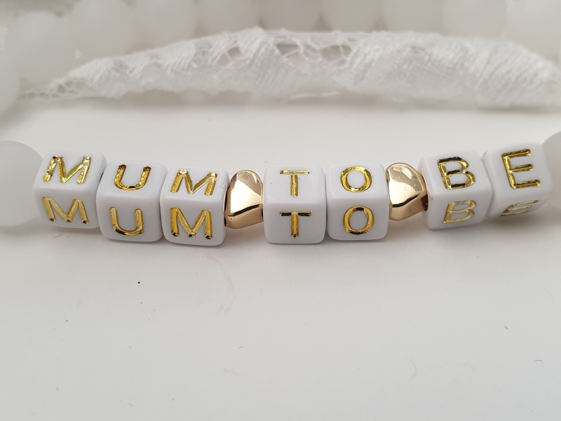 Kleinesbild - Bald Mama Mum to be Armband Jadeperlen mit Herzen Kinderwagen vergoldet Geschenk Mama Freundin Geburt handgefertigt