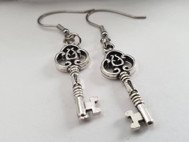 - Schlüssel Ohrhänger silberfarben Geschenk für Frauen Mädchen Freundin  - Schlüssel Ohrhänger silberfarben Geschenk für Frauen Mädchen Freundin