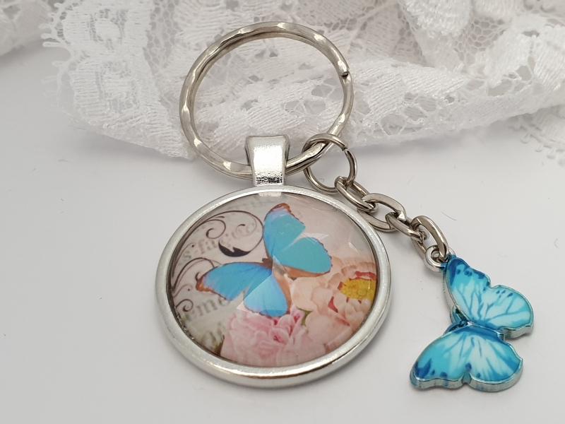 Kleinesbild - Schmetterling Schlüsselanhänger Glascabochonanhänger handgefertigt mit Karte und Metallanhänger Schmetterling Buch Geschenk Frauen Freundin Erinnerung