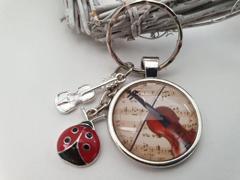 Kleinesbild - Glücksbringer Musik Geige Violine Glascabochon Schlüsselanhänger handgefertigt mit Marienkäfer Geschenk Frauen Männer Musiker Konzert