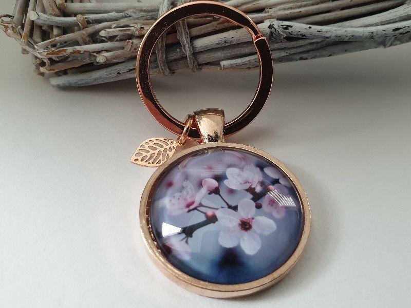 Kleinesbild - Kirschblüten Schlüsselanhänger Glascabochon handgefertigt mit Blatt Geschenk Frauen Freundin Kollegin Abschied Danke