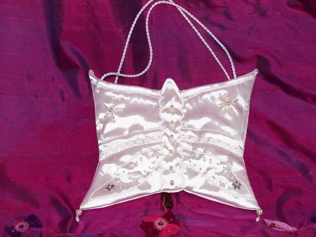 Kleinesbild - Täschlein  Butterfly Kommunion Tasche aus Satin handgemacht