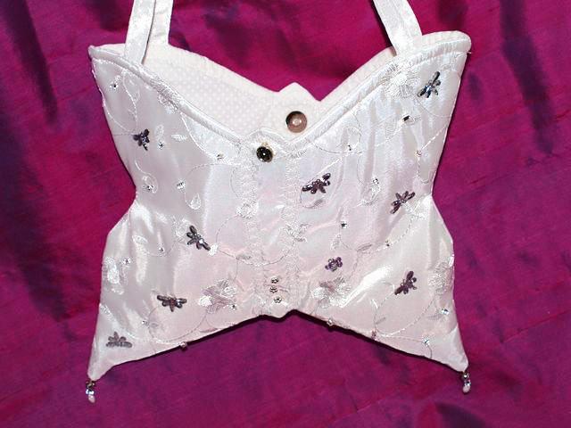 - Täschchen Mariposa weißes Täschchen handgemacht Kommunion Konfirmation Brauttasche - Täschchen Mariposa weißes Täschchen handgemacht Kommunion Konfirmation Brauttasche