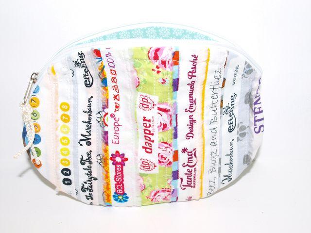 Kleinesbild - Täschchen Sweety, Kosmetiktäschchen, Universaltäschchen handgemacht aus Webbändern