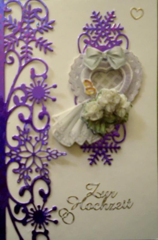 - Handgemachte Hochzeitskarte mit lilafarbenen Bordüren - Handgemachte Hochzeitskarte mit lilafarbenen Bordüren