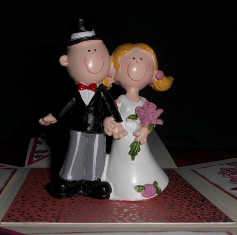 Kleinesbild - handgemachte Explosion-Box zur Hochzeit
