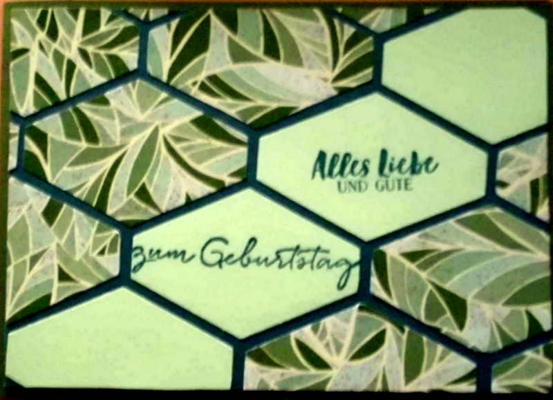 - Grüne, selbstgestaltete Karte mit Rauten - Grüne, selbstgestaltete Karte mit Rauten