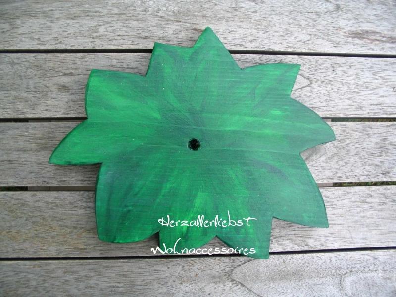 Kleinesbild - Storch (60cm aufgebaut) aus Holz + Bodenplatte mit Babybündel in Wunschfarbe im Schnabel