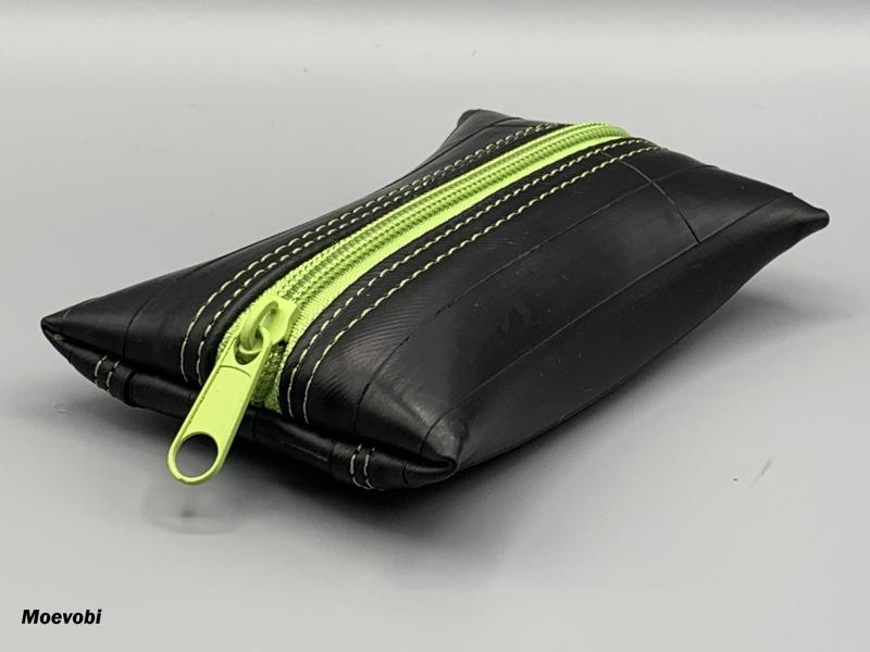 Kleinesbild - Schlüsseletui aus Fahrradschlauch mit hell grünem Reißverschluss - Upcycling