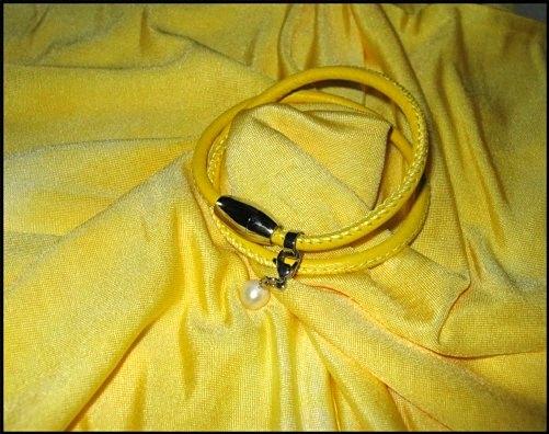 Kleinesbild - Set - Seidenschlauchschal + Nappalederarmband - Gelb