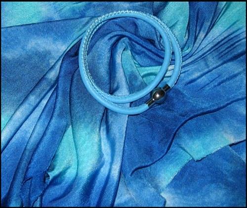 Kleinesbild - Set - Seidenschlauchschal + Nappalederarmband - Blau, Hellblau