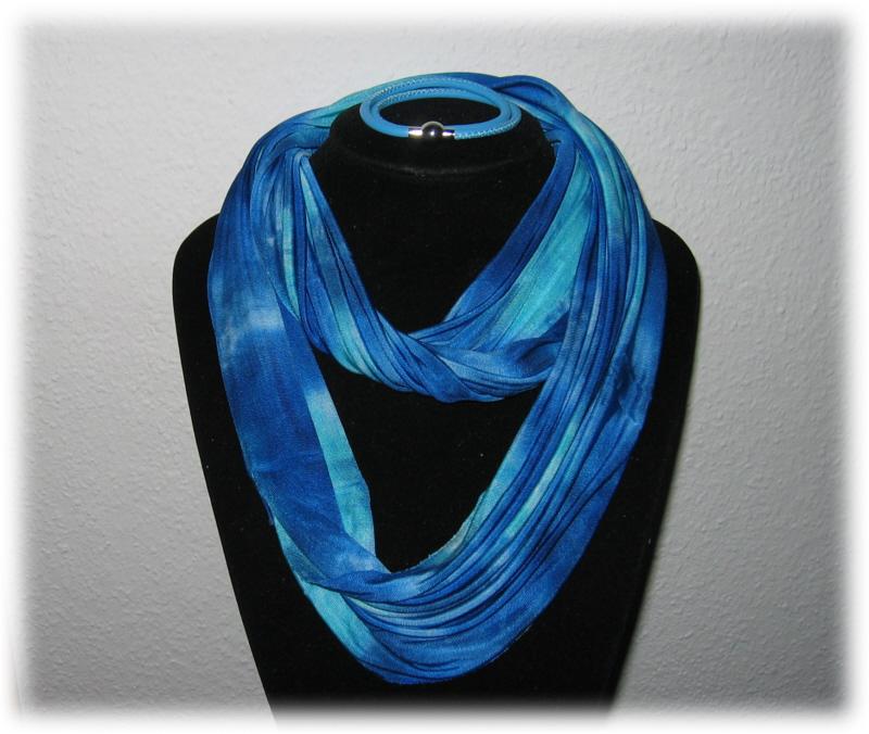 - Set - Seidenschlauchschal + Nappalederarmband - Blau, Hellblau - Set - Seidenschlauchschal + Nappalederarmband - Blau, Hellblau