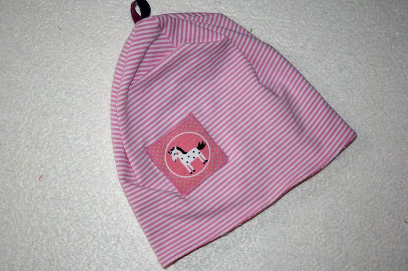 - Niedliche Babymütze rosa/weiß geringelt mit Einhornapplikation, KU 44cm - Niedliche Babymütze rosa/weiß geringelt mit Einhornapplikation, KU 44cm