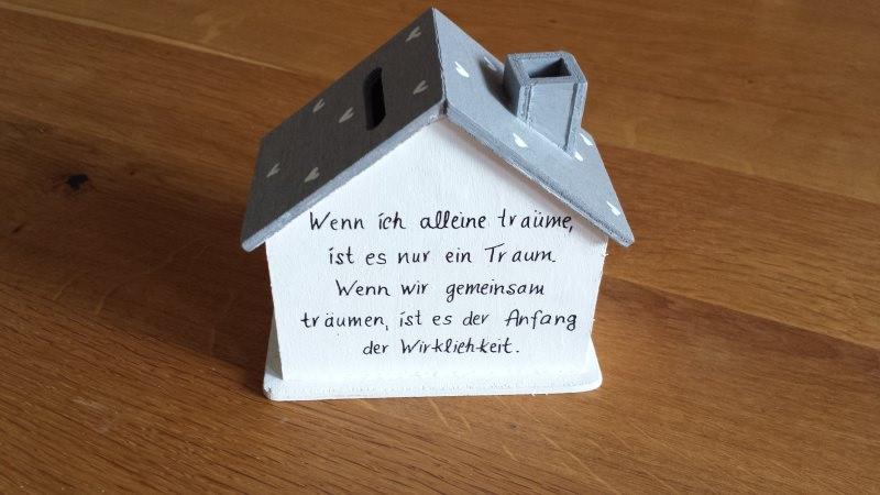 Kleinesbild - Spardose Hochzeit Haus Geldgeschenk personalisiert NurVonMir ♡